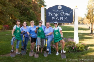 Forge Park Pond Planting Committee